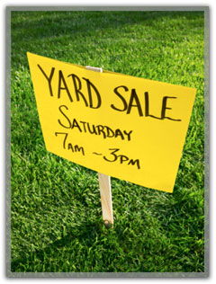 Yard Sale sign.